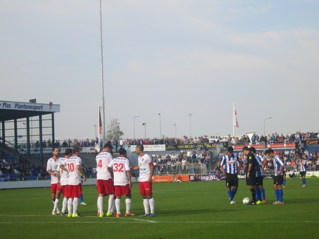1.Quick Boys 4 Free Kick-Small