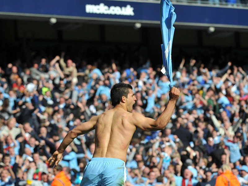 Aguero - Shirt Off